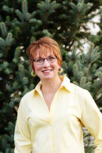 jolene-brown-ag-speaker_evergreen-portrait-full