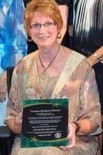 jolene-brown-award-legend-of-speaking